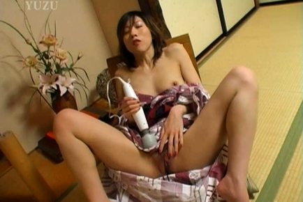 Nami Ishii Hot Japanese milf enjoys fucking