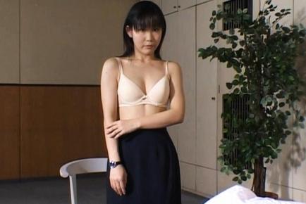 Yui Aina Hot Japanese milf cute sex