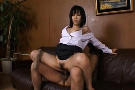 Yui Aina Hot Japanese milf