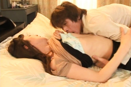 Honami Takasaka Japanese milf enjoys hot sex