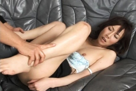 Honami Takasaka Amazing Asian milf enjoys sex
