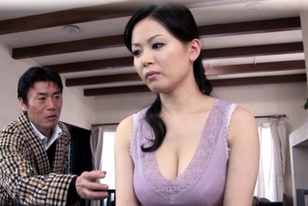 Miki Sato Pretty Asian maid has sexy tits