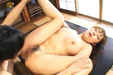 Harumi Nishimoto Asian MILF has cute sex