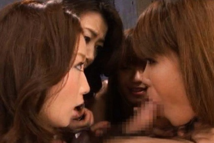 Naughty Japanese MILF gives massive blowjob