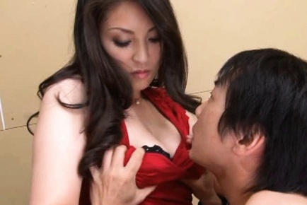 Mari Ozawa is a babe who loves getting fucked hard in the pussy.