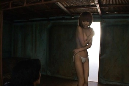 Stripper Jun Kusanagi dances like a pro and shows her perfect body.
