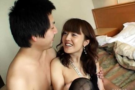 Mai Satsuki Asian babe has hot sex