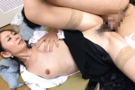 Teasing MILF Miku Hasegawa´s Skirt Lifted For A Fuck