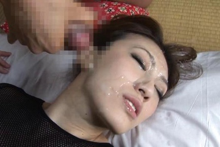 Hot Asian milf Misuzu Takashima in hardcore action