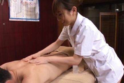 Sexy Japanese masseuse fucks her impressive client