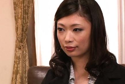 Beautiful office lady Hikari Hino gets her sexy body explored