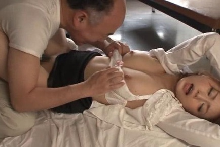 Beautiful Japanese milf enjoys pussy licking gets banged doggie fashion