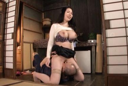 Busty Asian milf with big tits Sophia Takigawa enjoys pussy licking