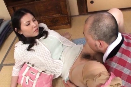 Amazing Asian porn with busty milf Sophia Takigawa